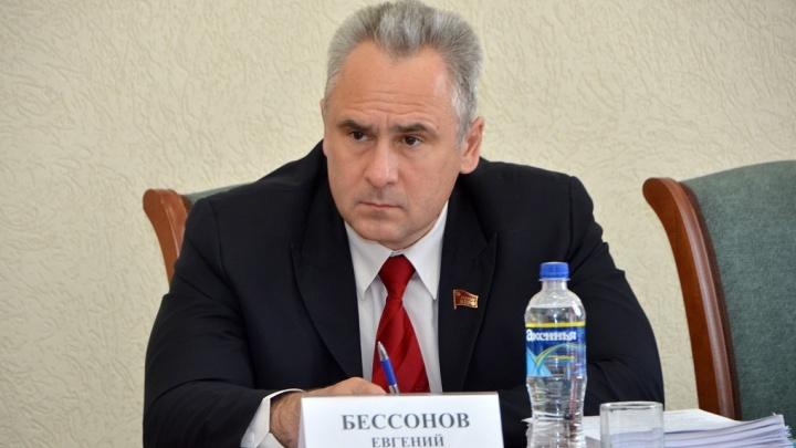 «Единороссы — не люди. Мнения своего не имеют»: ростовский коммунист Бессонов подвел итоги выборов