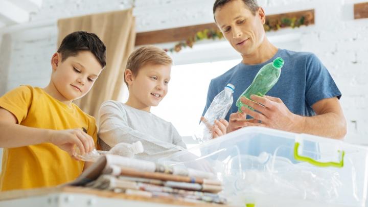 В «Пятёрочке» использовали переработанный пластик для создания бутылок, контейнеров и сумок