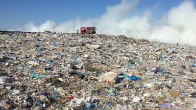 350 квадратных метров мусора сгорело на полигоне под Уфой