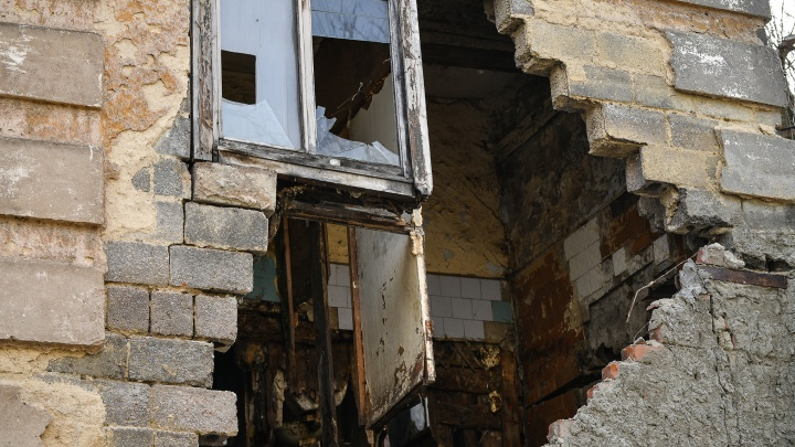 Свердловские власти объяснили, как хрущевки попадут под реновацию и снос