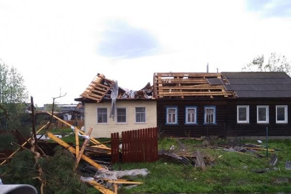 Последствия сильного ветра оказались устрашающими