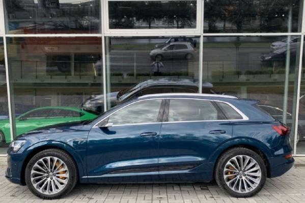 Даже подержанный электрокар Audi стоит больше 7 миллионов рублей