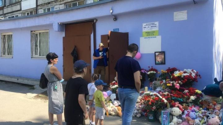 Похороны Насти Муравьёвой и ее дяди оплатит тюменский предприниматель
