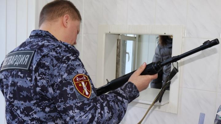 В Архангельской области проверят владельцев охотничьего оружия