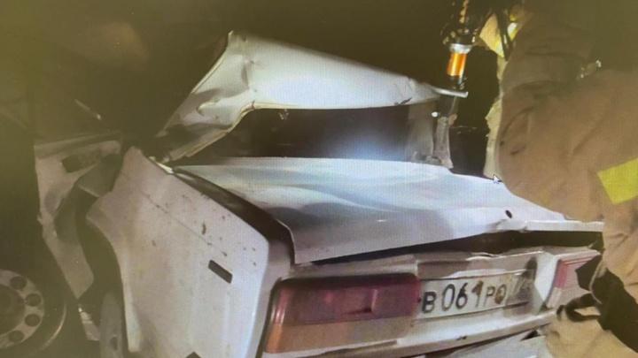 Уже попадался без прав и пьяным за рулем. На тюменской трассе разбились 19-летний автомобилист и его друг