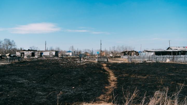 Погорельцы из Северо-Любинского пожаловались на состояние жилья, которое им выделили в администрации