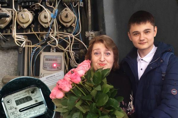 Ольга Лянцман осталась без света с текущим холодильником и разряженным телефоном