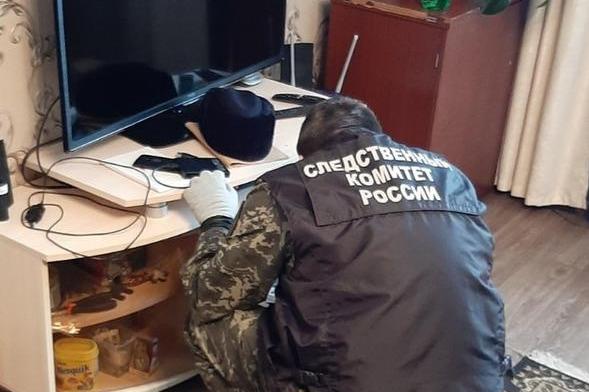 СУ СК Прикамья объяснило, почему изначально подозреваемым в убийстве семьи в Октябрьском назвали жертву