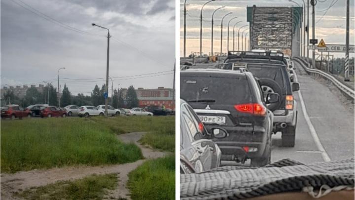 ДТП, пожар и перекрытый мост: в Архангельске собралась длинная пробка на Ленинградском проспекте