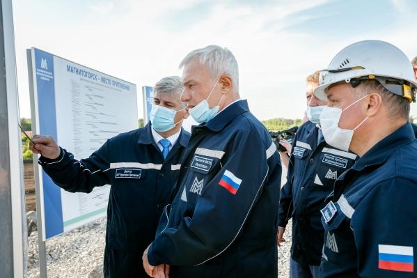 Председатель совета директоров ПАО «ММК» Виктор Рашников на стройплощадке парка