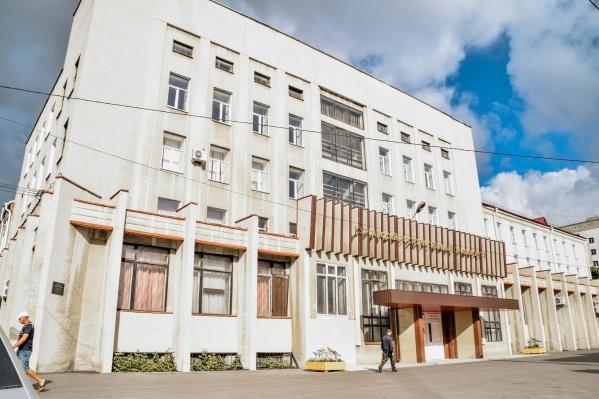 Министр образования отметил, что в КГУ будут увеличивать количество бюджетных мест