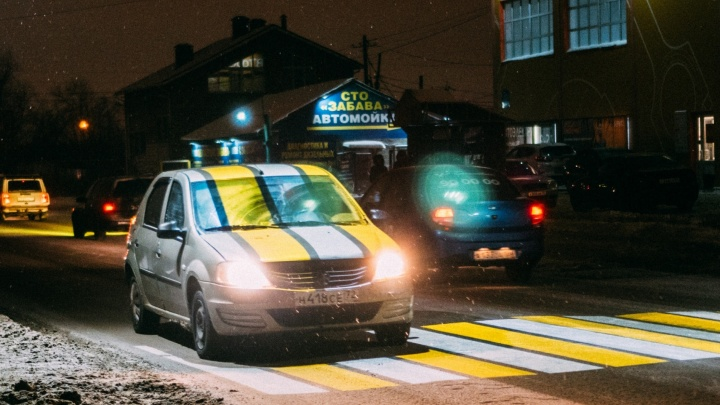 Новые светофоры и проекционные «зебры»: как в Омске боролись с аварийными участками