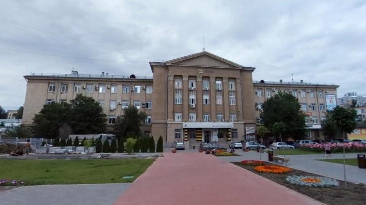 «Это подарок от Андрея Бочарова»: облкомприроды Волгоградской области переезжает в дом с колоннами