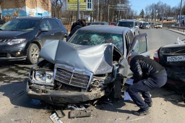 """В Ярославле по итогам 2020 года выявлено <nobr class=""""_"""">40 мест</nobr> концентрации ДТП"""