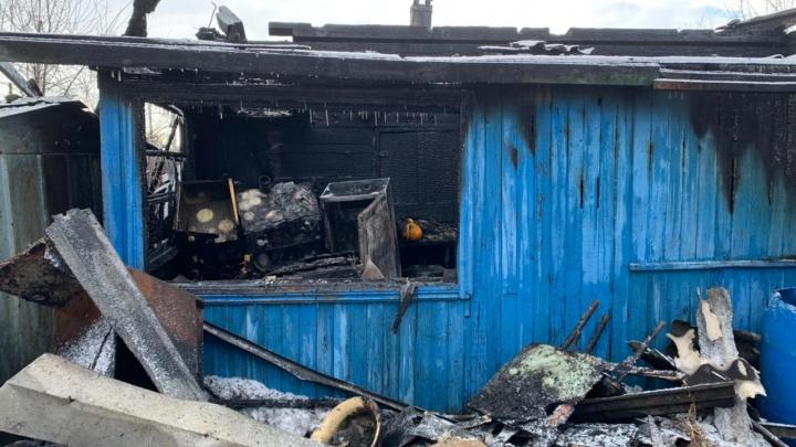 В Кургане после пожара в частном доме погиб мужчина