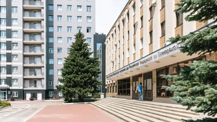 Подозреваемого в убийстве девушки в поселке Петра Дубрава уволили из МВД