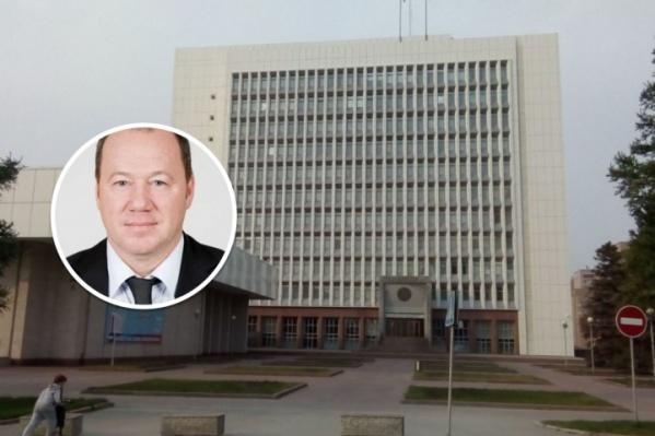 На депутата Заксобрания завели уголовное дело за мошенничество