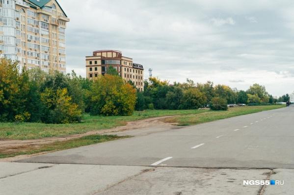 Тем не менее компании рекомендовали высадить деревья по периметру участка