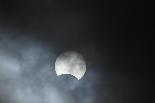 В Омске сегодня можно было наблюдать лишь частную фазу затмения