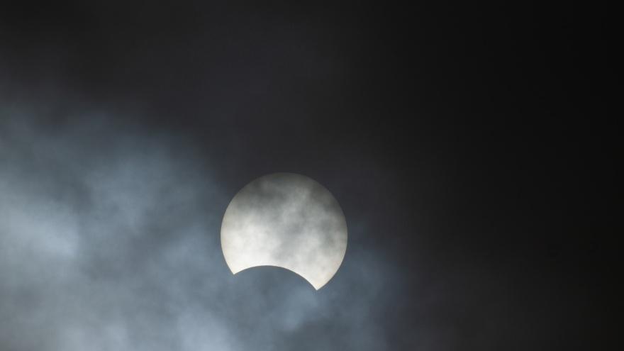 Я пропустил солнечное затмение. Когда я смогу увидеть его в Омске в следующий раз?
