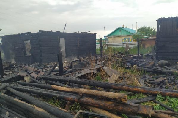 Тело мужчины нашли в сгоревшем доме