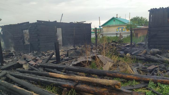 В тюменском селе в пожаре погиб 87-летний мужчина