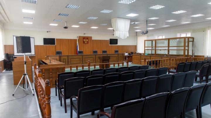 В Волгограде главу семьи осудят за пьяную аварию и выдуманный угон