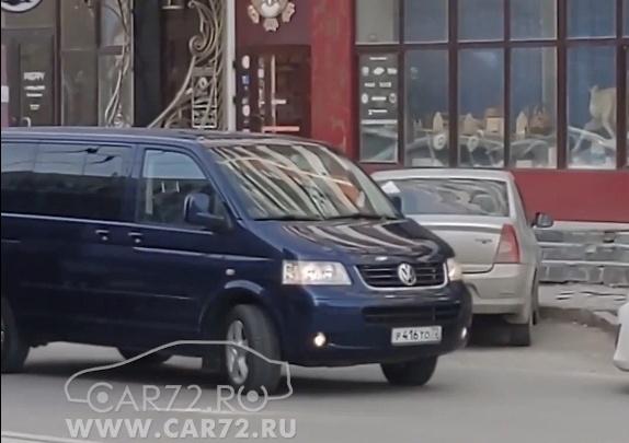 В ресторан через двойную сплошную: тюменцы обвинили водителя правительственной машины в нарушении ПДД