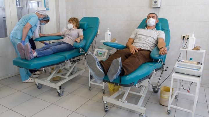 Поверили даже скептики: волгоградские врачи рассказали о лечении антиковидной плазмой
