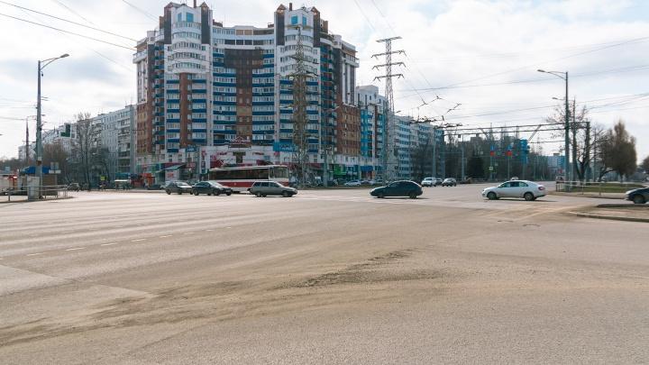 На двух перекрестках Московского шоссе изменят работу светофоров