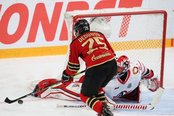 Павел Дедунов вывел команду вперед, но за победу пришлось бороться