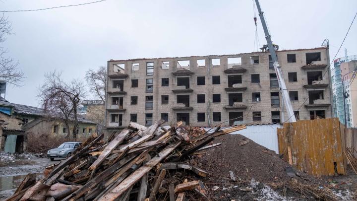 «Всё в Comedy Club превращается»: подрядчик заявил о волоките при сносе циркового общежития в Челябинске