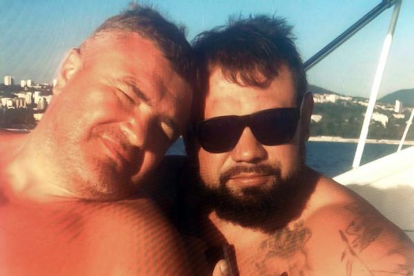 Подозреваемый по делу Руслан Гилязов (справа) долгое время «дружил» с начальником УБЭП Башкирии Геннадием Мосякиным