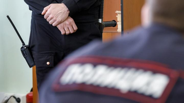 Под Волгоградом бывшего замначальника отдела транспортной полиции приговорили к полутора годам колонии