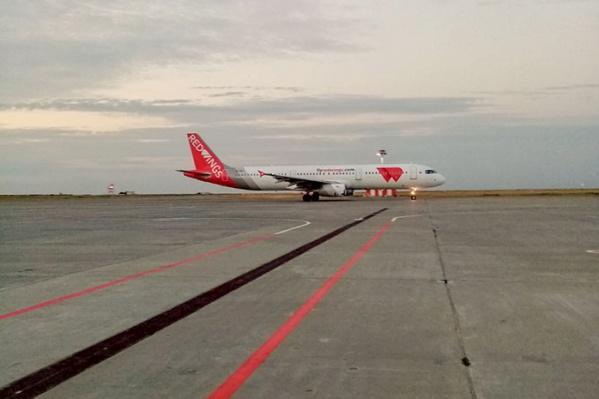Допуски просит выдать авиакомпания «Ред Вингз»