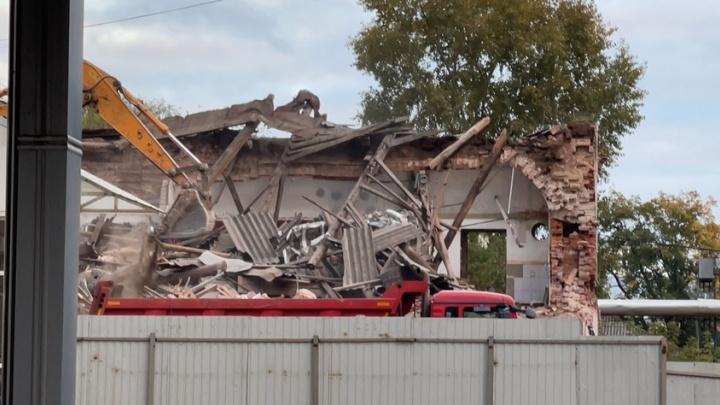 Под шумок выборов: в центре Ярославля снесли исторический дом под застройку многоэтажки