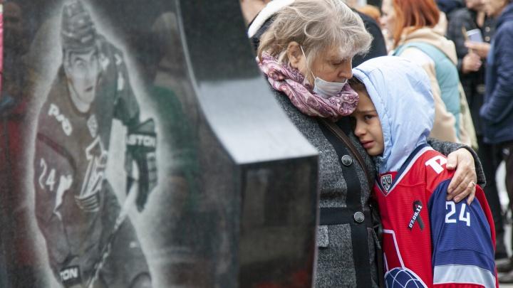 Роковой день для Ярославля: 10 лет с момента гибели команды «Локомотив». Самые пронзительные кадры