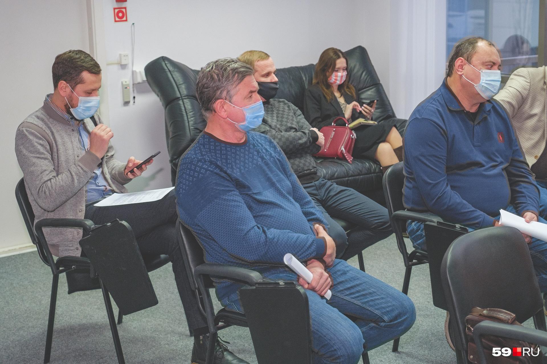 В дискуссии участвовали представители пяти пермских перевозчиков