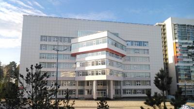 Трещины в стенах, «Сибиряк» при деньгах: как строили спорткомплекс для СФУ, закрытый через два года после Универсиады