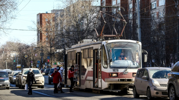Власти изменят маршруты электротранспорта из-за ремонта улиц Белинского и Ванеева