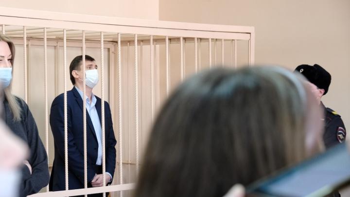 Заместителя главы Челябинска Олега Извекова отправили в СИЗО