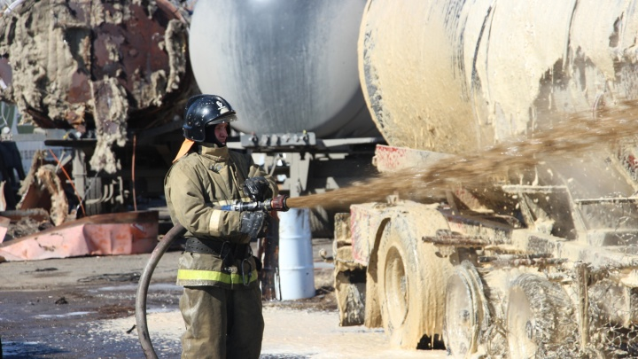 Крупный пожар в Нефтяниках. Как всё было на месте происшествия