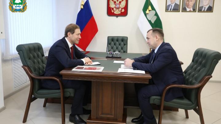 «Потенциал большой»: министр Денис Мантуров оценил промышленность Курганской области
