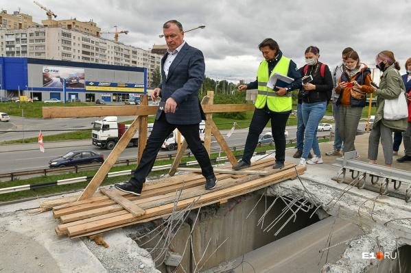 Алексей Орлов ответил на вопросы о главных стройках Екатеринбурга
