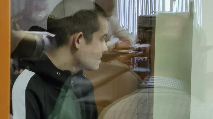 Тюменского срочника Шамсутдинова приговорили к 24,5года колонии. Хроника из суда