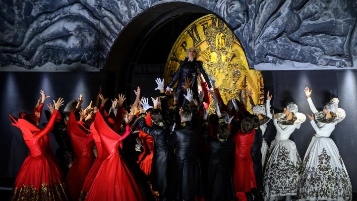 Премьера накануне локдауна. Ростовский театр Горького показал «Пиковую даму» — эксклюзивные фото