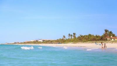 «Нас держали как свиней»: известную самарскую шоувумен заточили в ковид-отель на Кубе