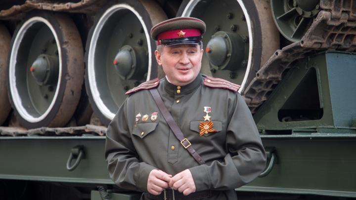 39 153 рубля в день на двоих: губернатор Андрей Бочаров показал доходы своей семьи