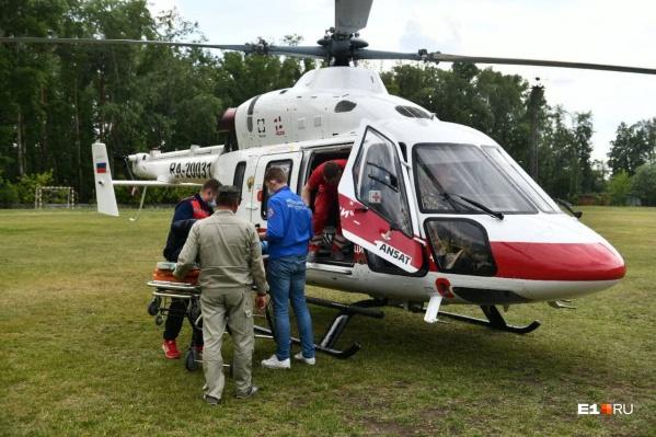 Один час работы санитарного вертолета стоит как подержанная иномарка