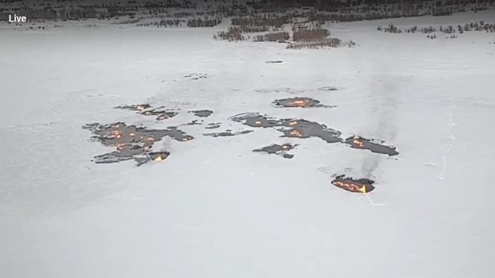 Пожар на месте прорыва трубопровода «Сибур» в ХМАО продолжается. Публикуем видео